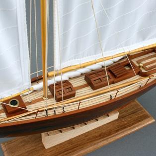 maquette du pen duick r plique du bateau irlandais de 1898. Black Bedroom Furniture Sets. Home Design Ideas